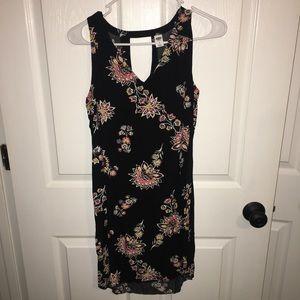 Like new sleeveless Old Navy Dress